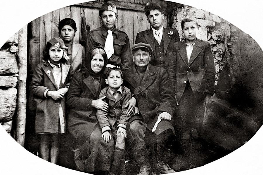 Семья Арсения, будущего святого старца Паисия