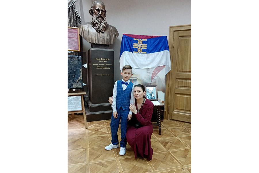 Победитель конкурса Иван Власенко и журналист Ирина Ушакова