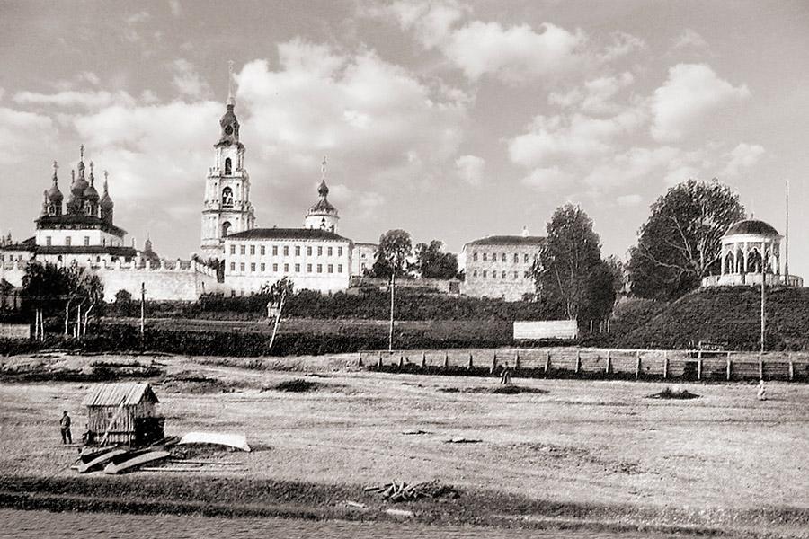 Успенский собор в Костроме