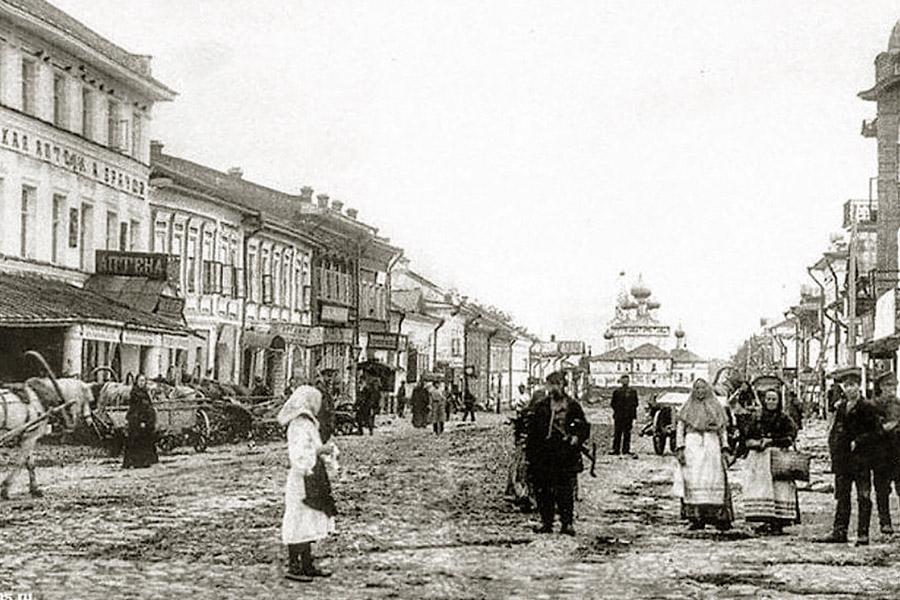Спасская улица в Угличе