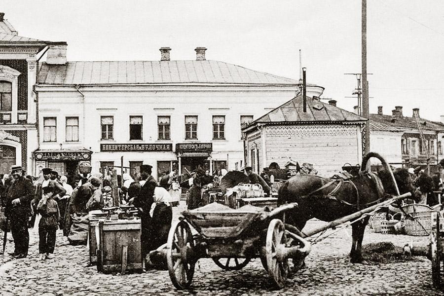 Соборная площадь Рыбинска