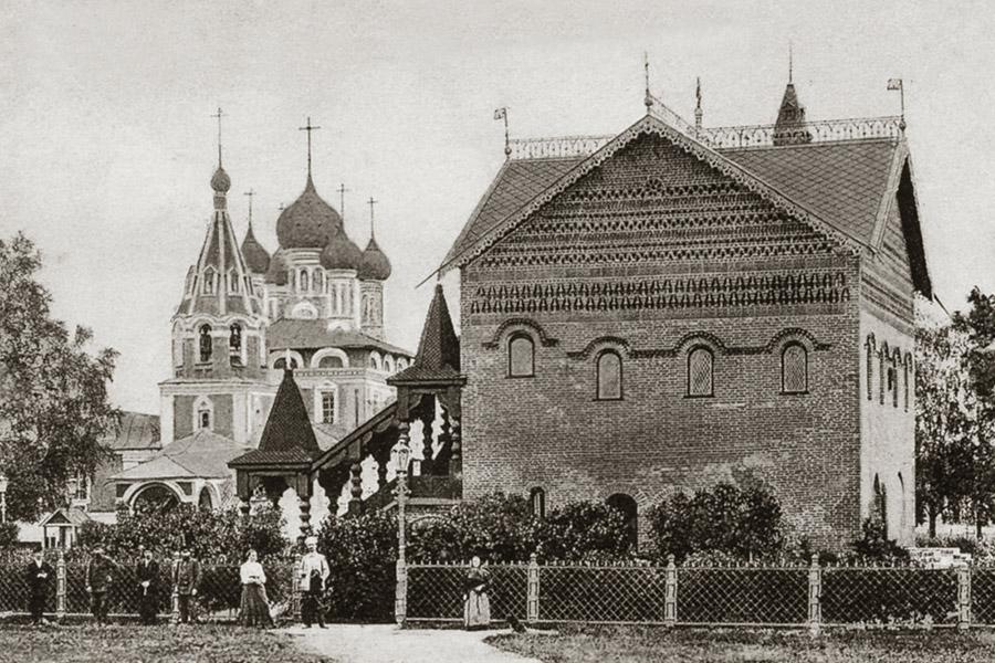Дворец и церковь царевича Димитрия в Угличе
