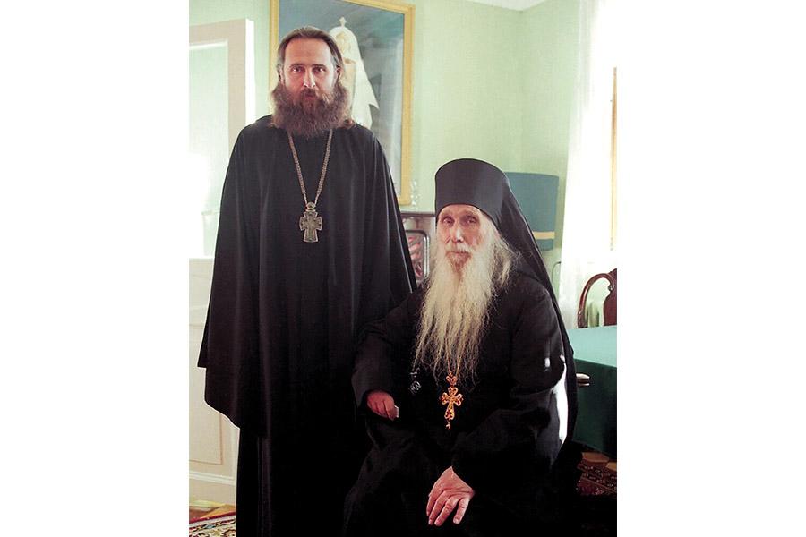 Архимандрит Кирилл (Павлов) с отцом Феогностом